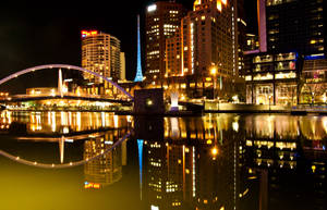 Night: Melbourne Yarra River by daniellepowell82