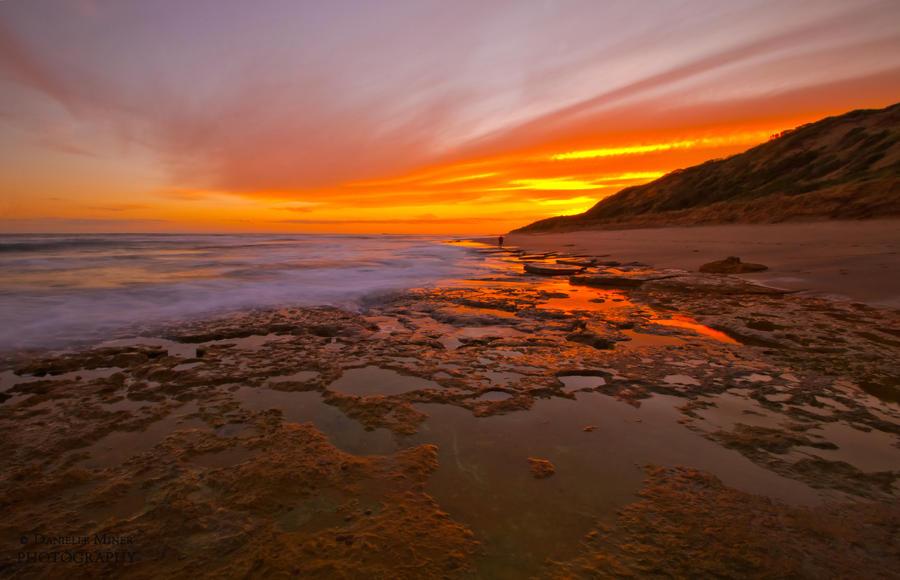 Winter Sunset by daniellepowell82