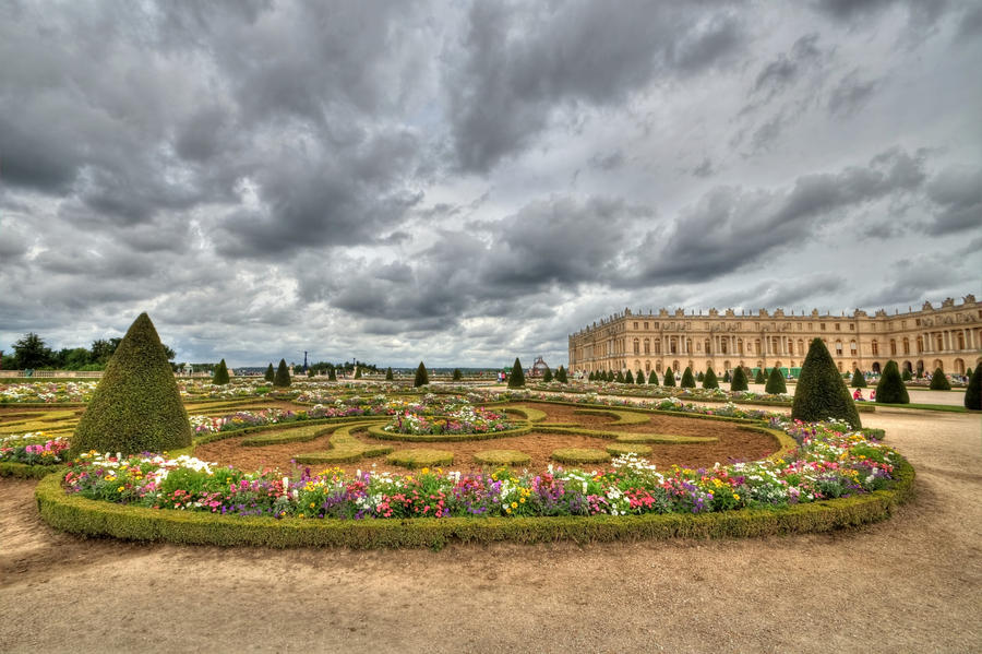 Palace of Versailles Garden by DanielleMiner