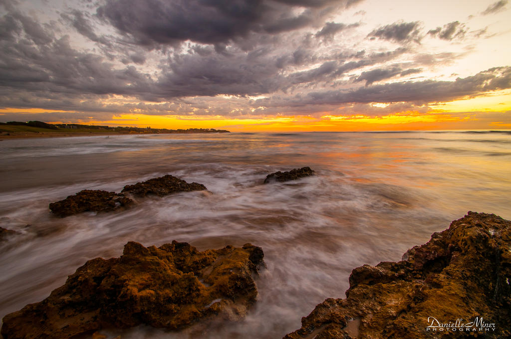 Torquay Sunrise 4 by DanielleMiner