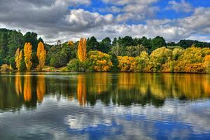 Daylesford Lake by daniellepowell82
