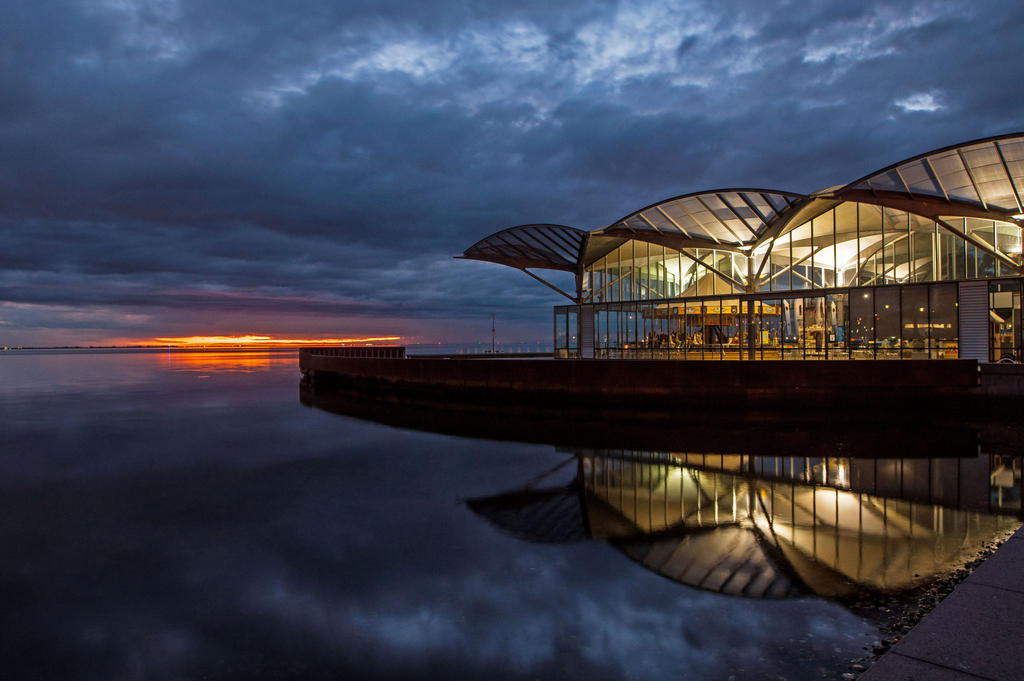 Dawn Waterfront by DanielleMiner