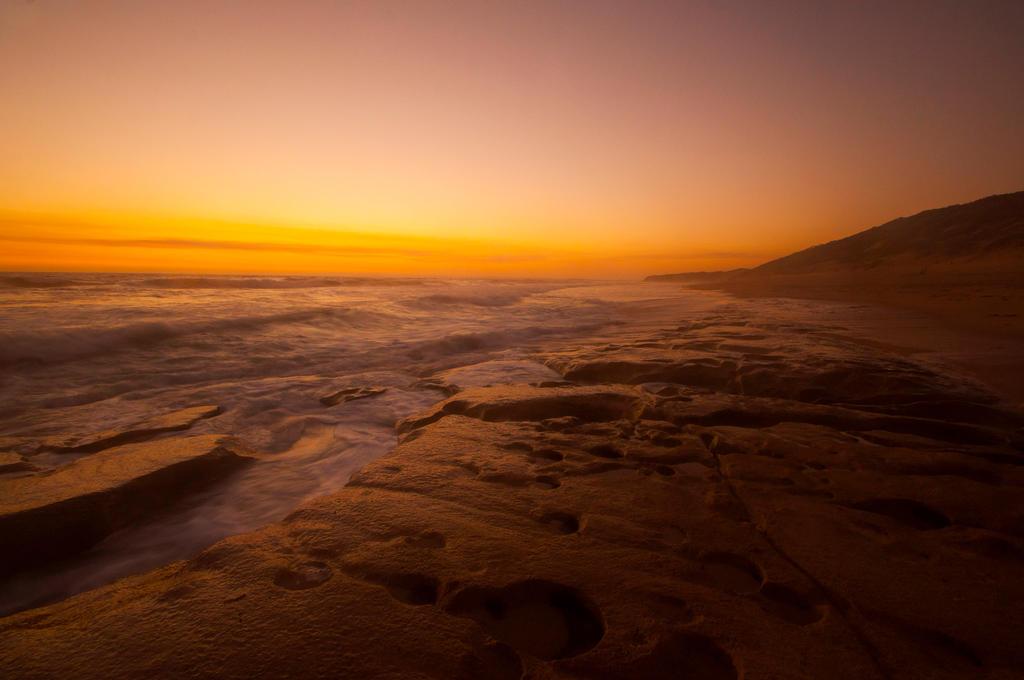 13th Beach Sunset by daniellepowell82