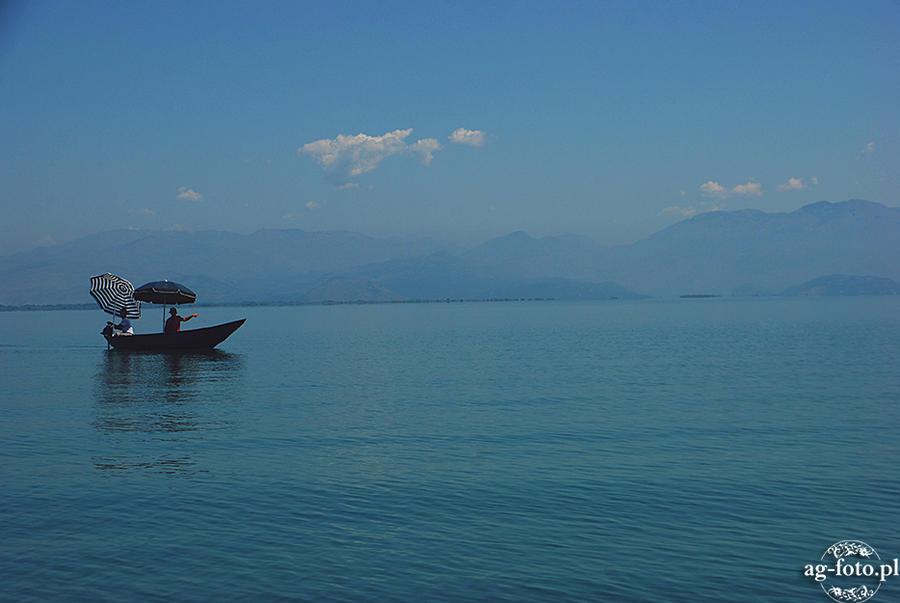 Shkoder Jezioro, Montenegro by e-uphoria