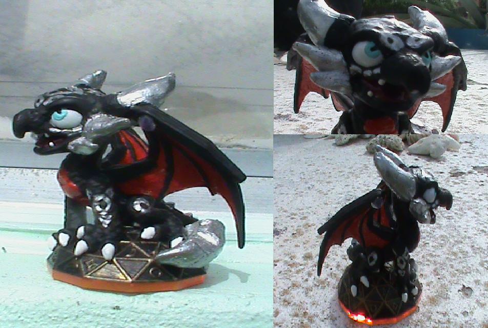 SL-S2 Cynder Custom (For Sale) by KrazyKari