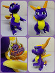 ( Spyro the Dragon ) 14 Inch Play by Play Plush