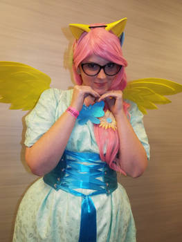 ( MLP ) Grand Galloping Gala Fluttershy Cosplay 2