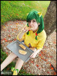 (MLP) Apple Fritter Eating a Treat (Cosplay)