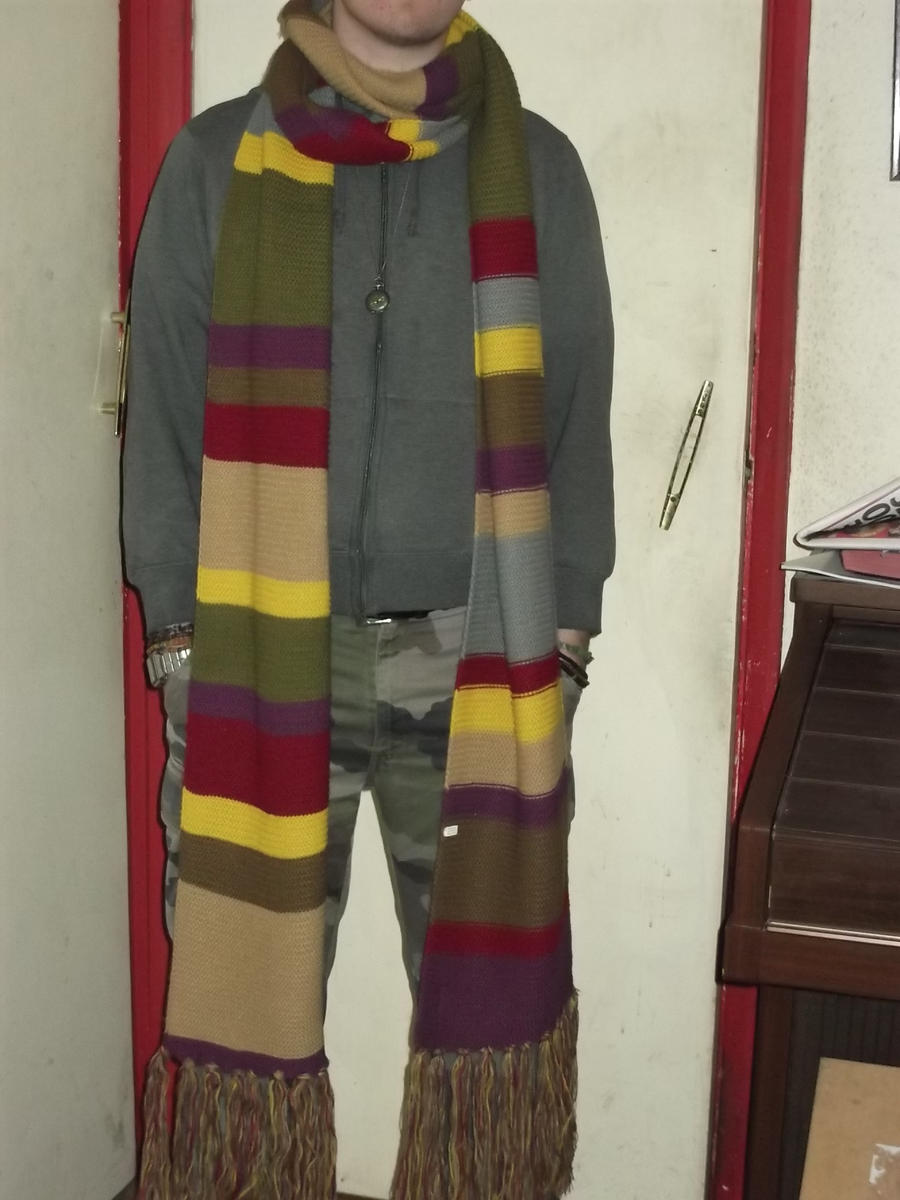 Knitting Pattern Fourth Doctor Scarf : Doctor Who - 4th Doctor Scarf replica by Lovarzi by DoctorWhoOne on DeviantArt