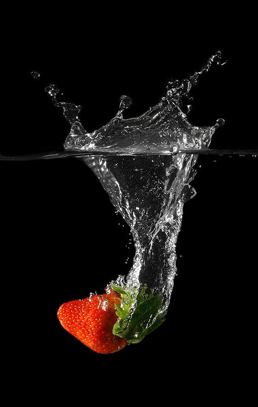 Strawberry by kimloo