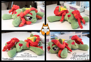 Treehugger laying plush