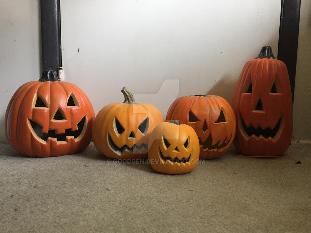 The Pumpkin Family by goodben