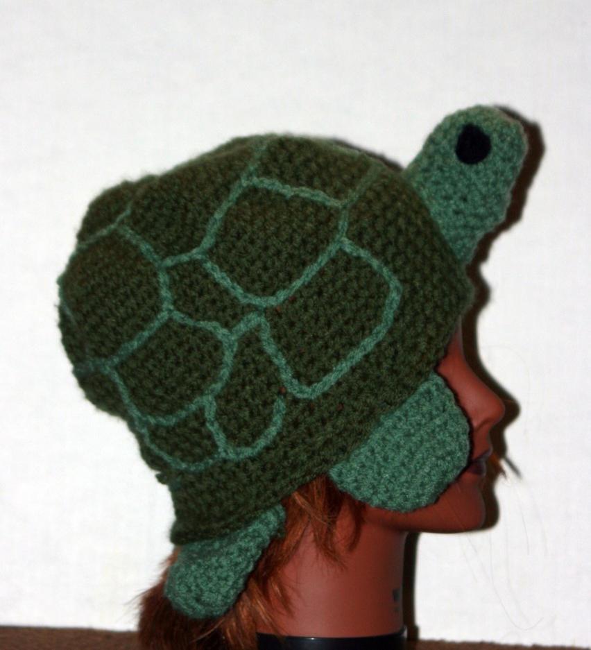 turtle hat by LilithsSmile