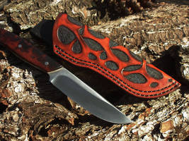 Jeweleeches Vivian Hebing: leather knife sheath