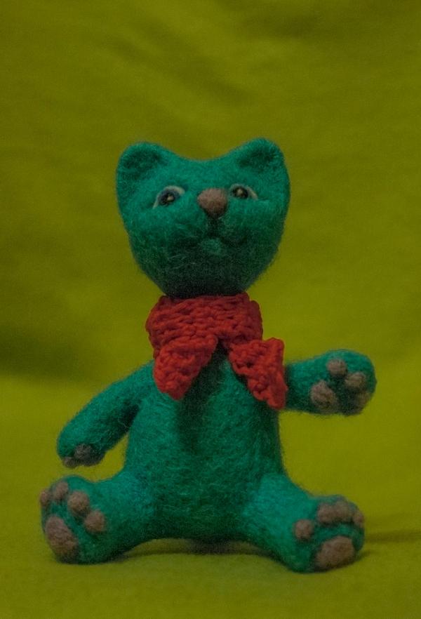 Felted cat by Yubodoc