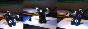 Umbreon Plushie