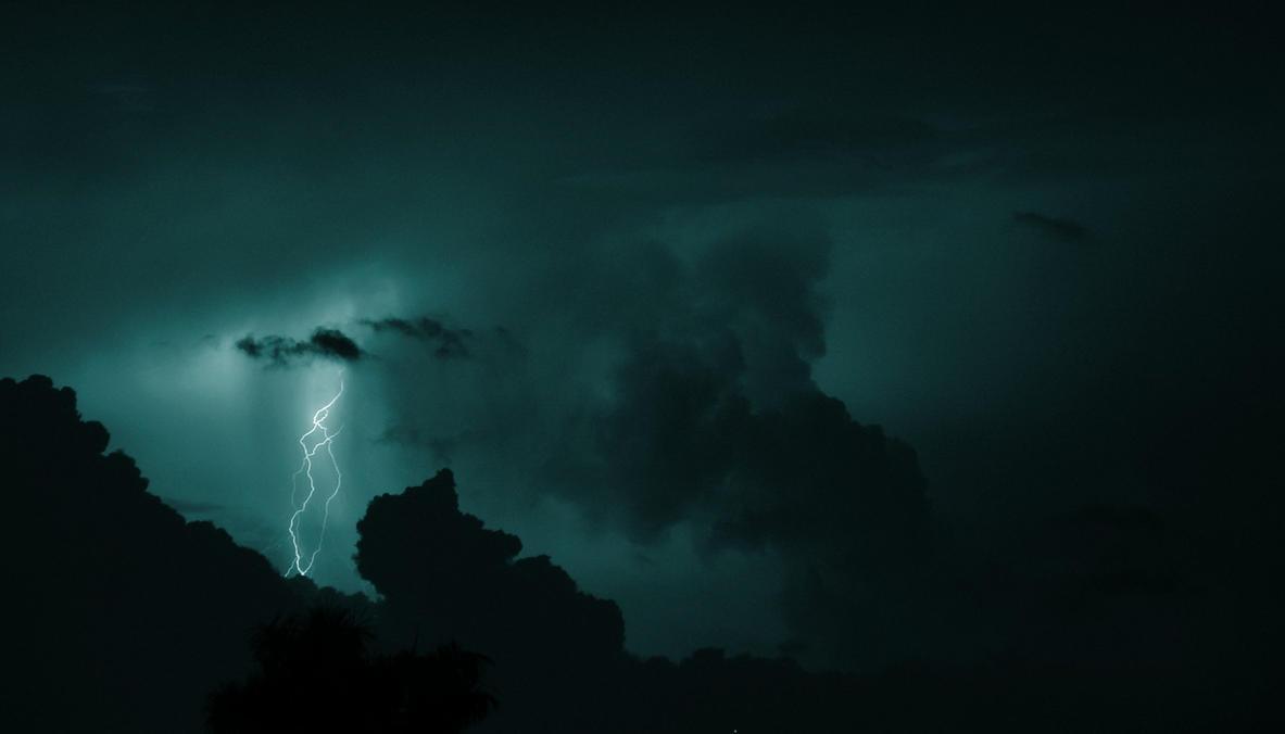 Tangle of Light by riktorsashen