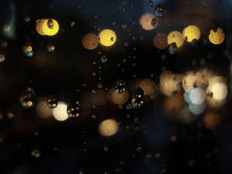 Raining Lights by fakeautumn