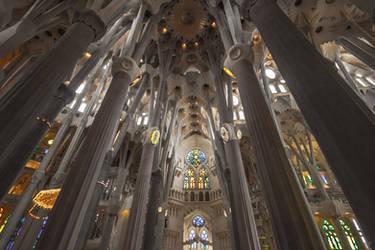 Sagrada Familia by f-i-g-m-e-n-t