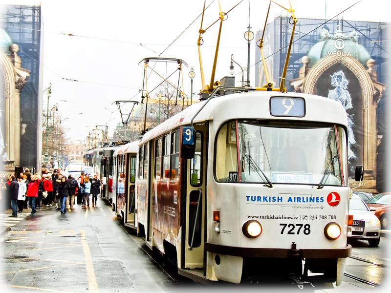 Tram stop by 4ir4o