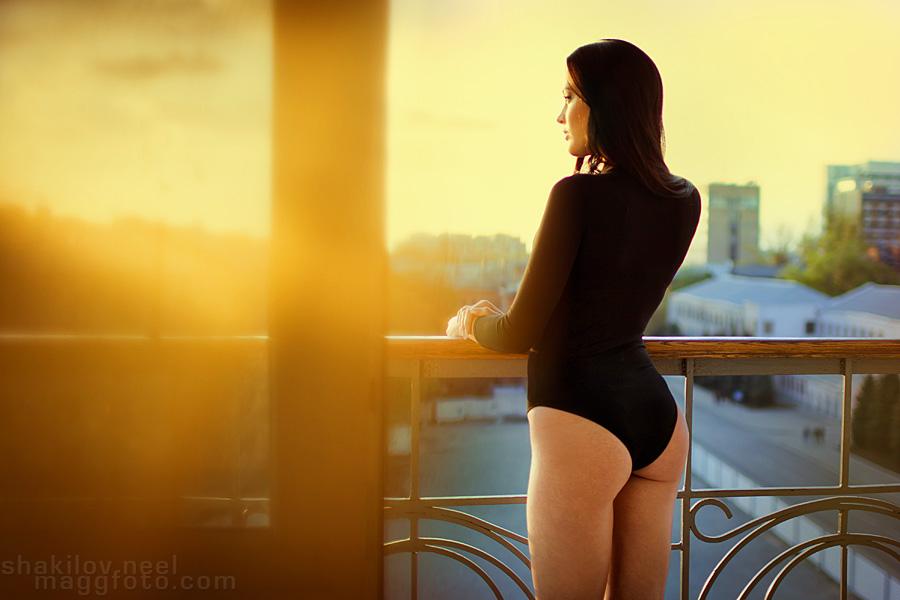 Golden Feelin by ShakilovNeel