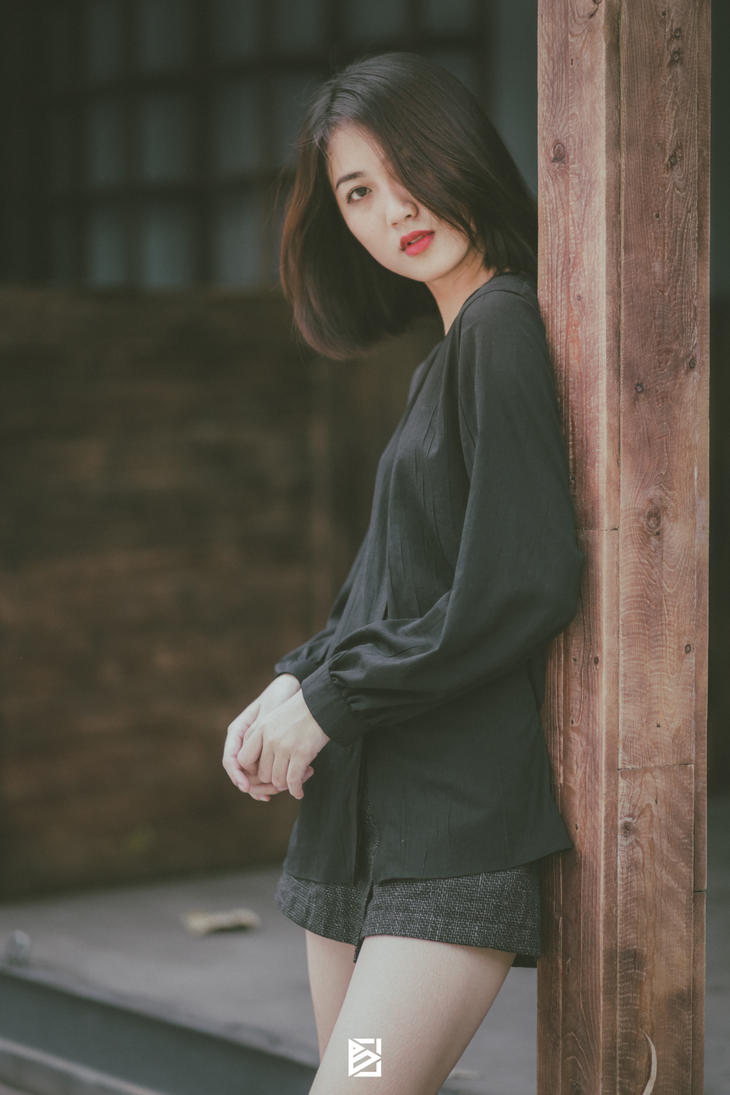 Vietnamese Girl by BugsAT