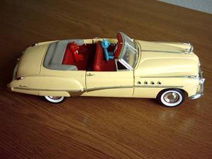 Objects (model car).