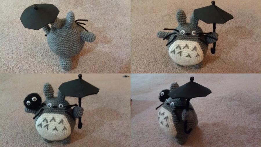 Amigurumi Totoro : Totoro with a soot sprite amigurumi style by lylfairygirl on