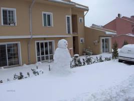 Giant Snowman 2 by 2reddy
