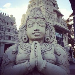 Statue of prayer by gamerhe11