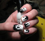 #7 Black and White lava lamps