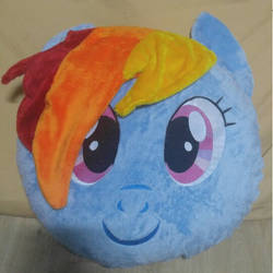 Handmade 20 inches RD face pillow by S-Guri
