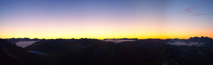 Schwarz Wand Sunrise 3105m by rembrandt83