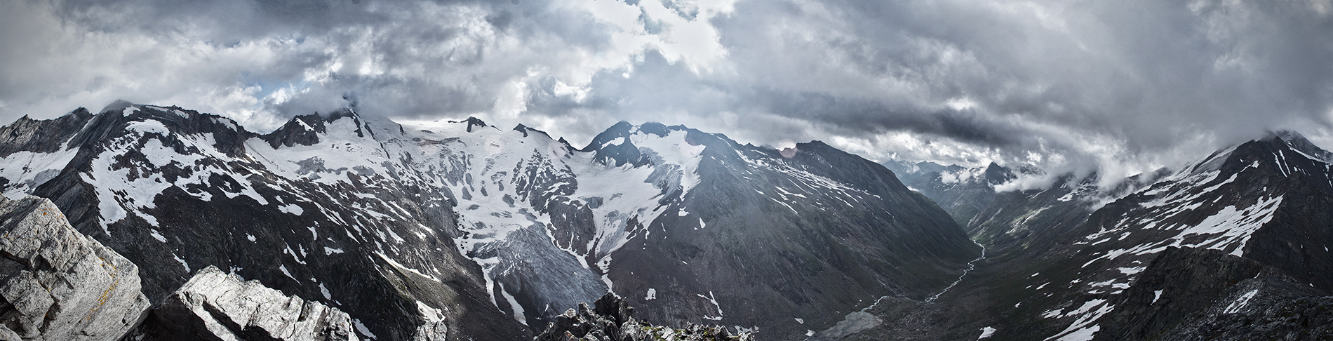 3051m by rembrandt83