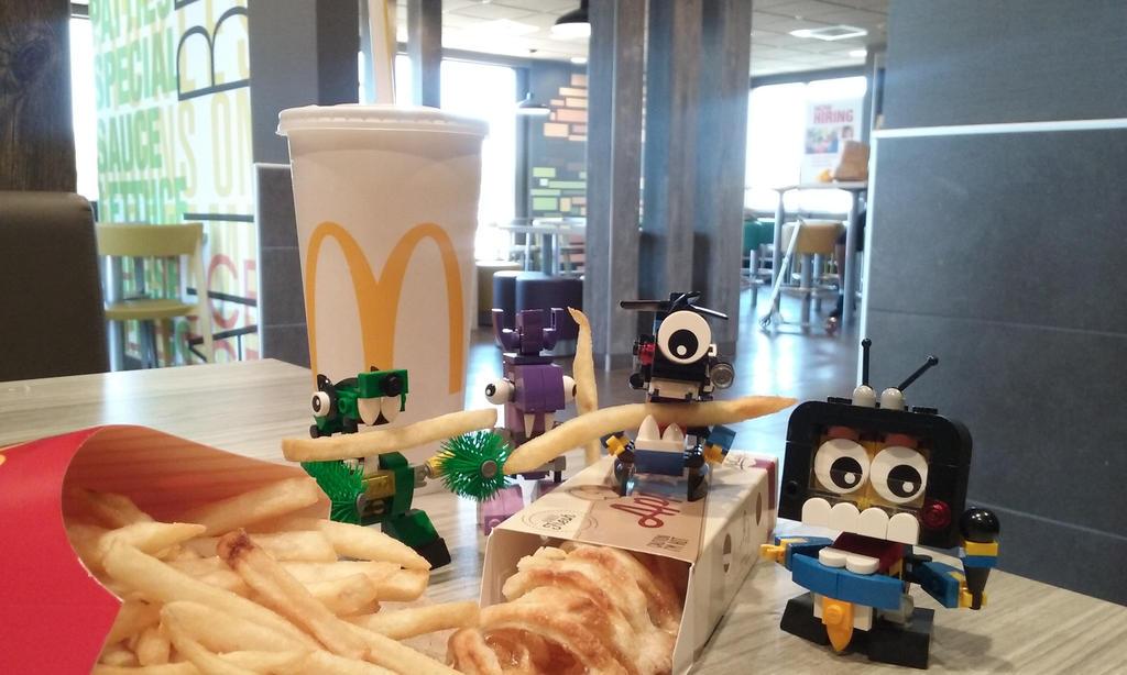 Eating fries by Zekrom734
