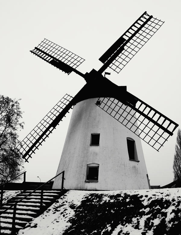 simple windmill by pauljavor