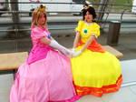 Peach and Daisy Cosplay 02