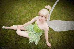 Little green fairy by Rayi-kun