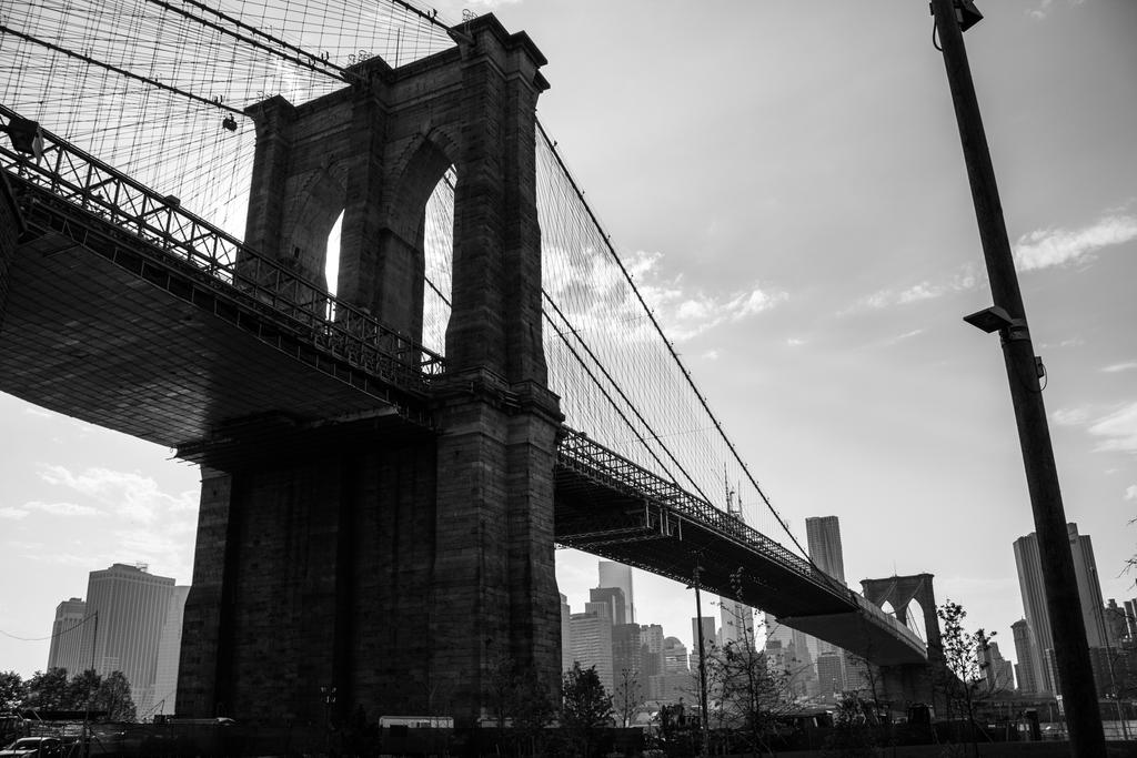 Brooklyn Bridge Black and White by ProfRatigan on DeviantArt