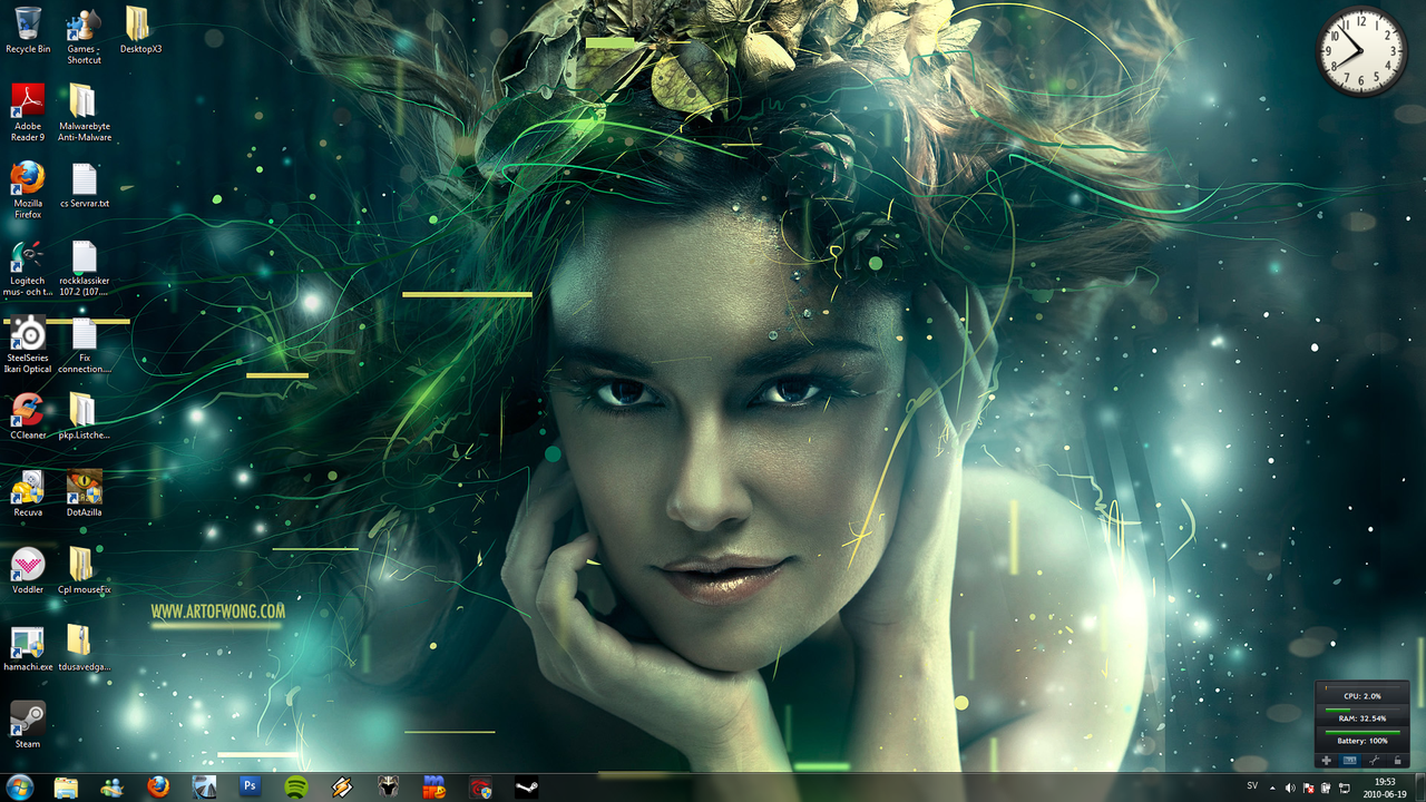 Desktop Amazing by AngelicBond