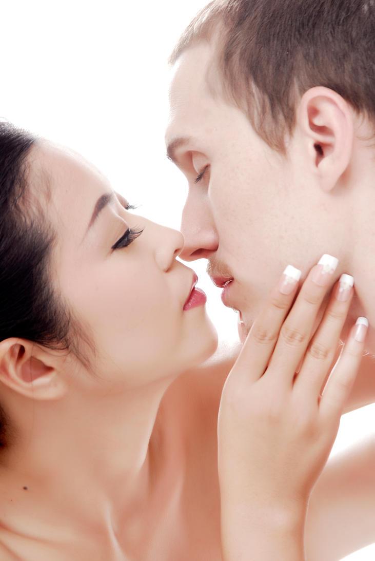 Almost Kiss by PeterKoevari