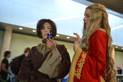 Arya Stark And Cersei Lannister (Game of Thrones)