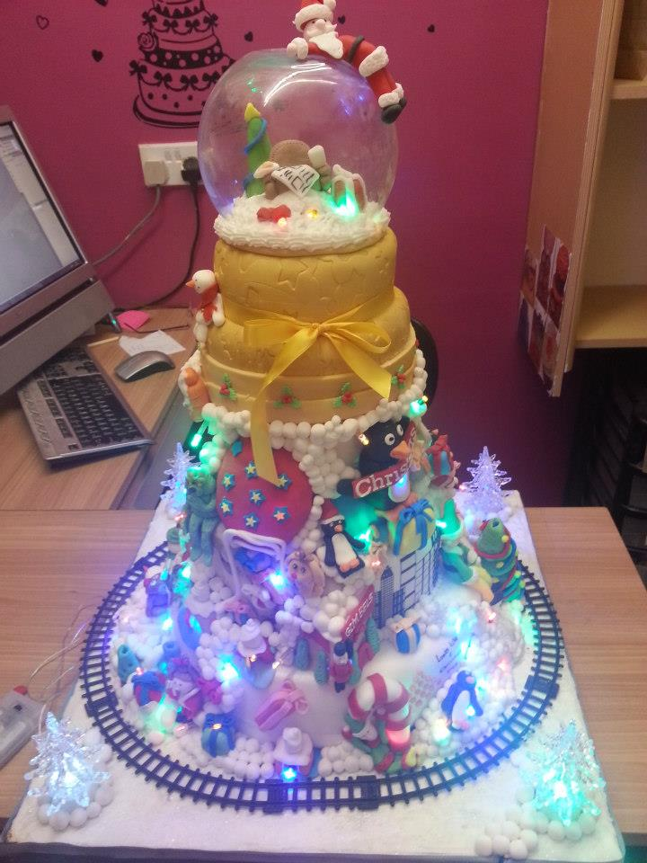 Cake Dessert Design Studio : Samms Christmas Cake by starry-design-studio on DeviantArt