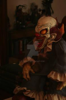 Cadaver the clown