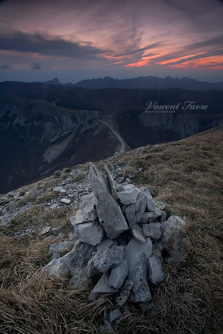 Cairn... by vincentfavre
