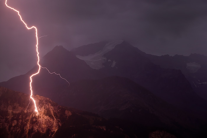 Mad light... by vincentfavre