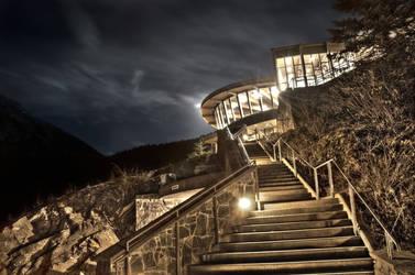 Glacier Visitors Center by spoox