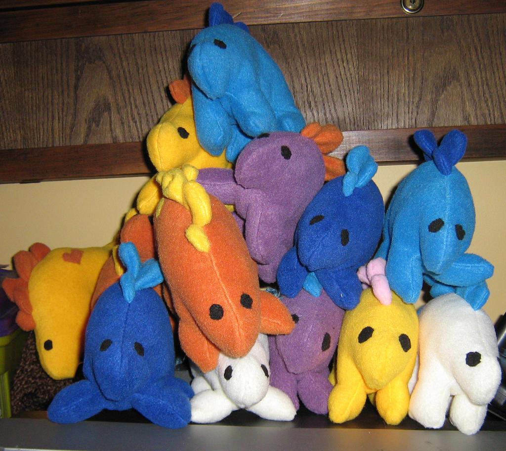 stegosaurus toys by Jag-san