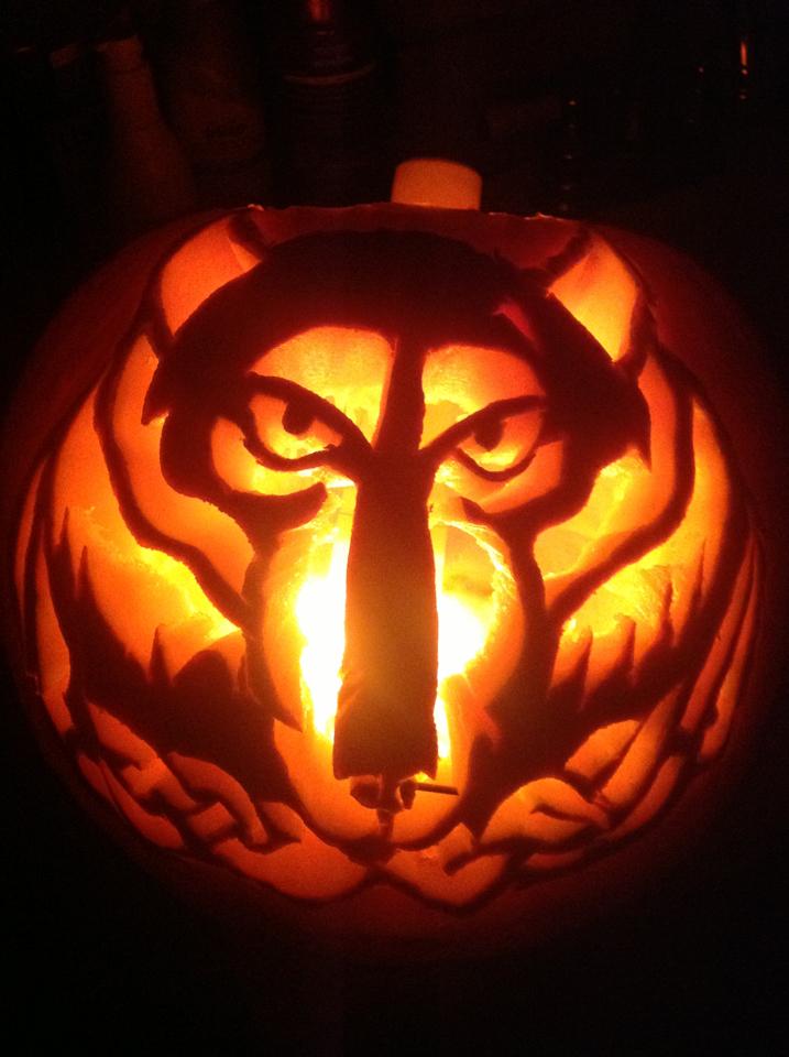 Solitude skyrim pumpkin carving by touken on deviantart