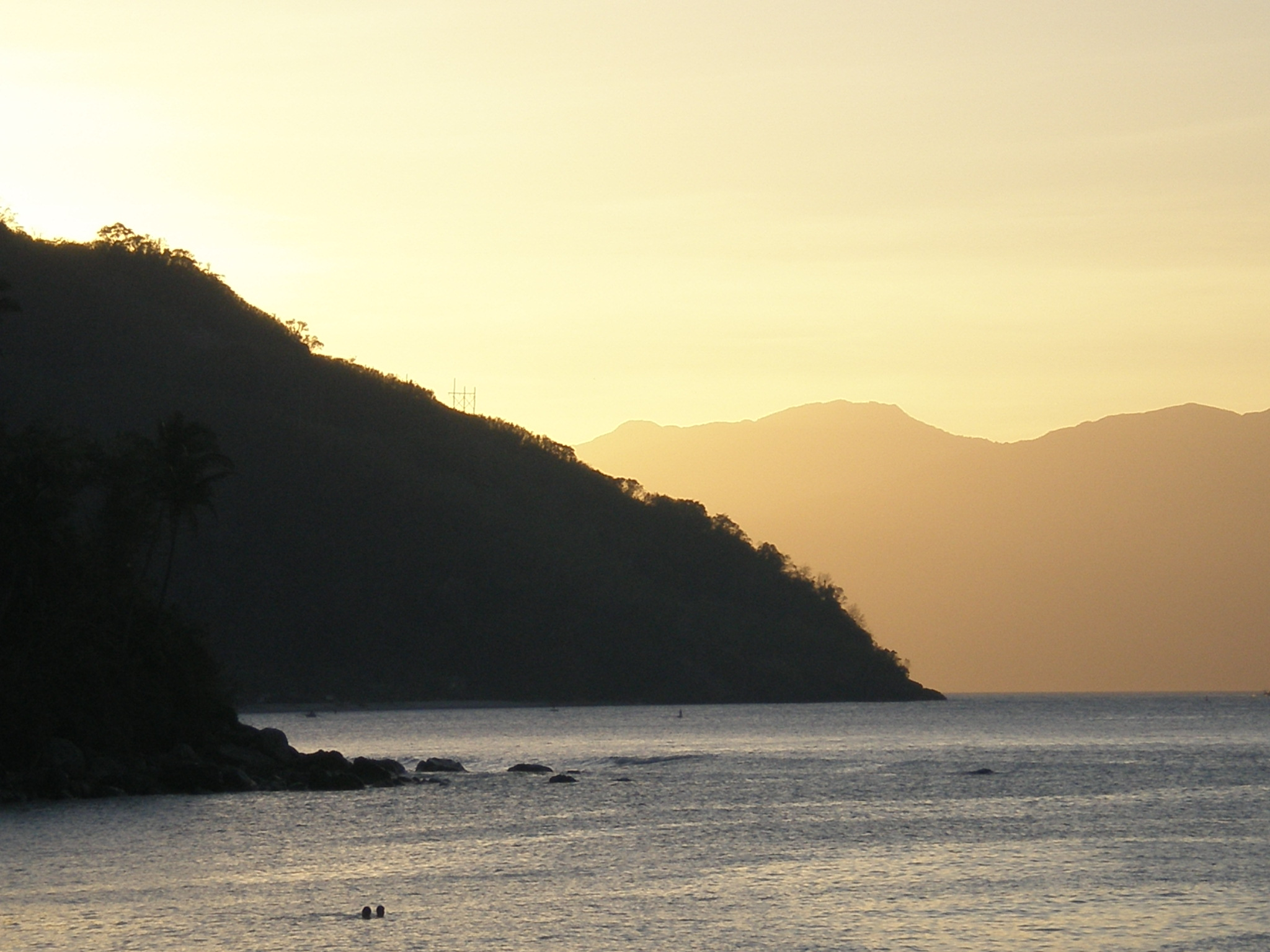 Sunset at Puerto Galera hr by beegee1963